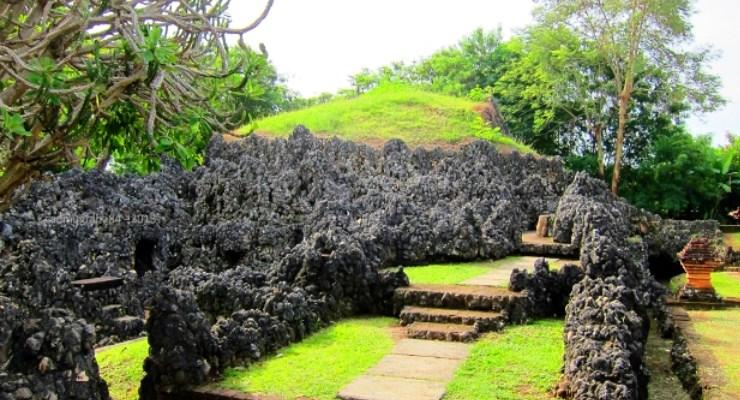 Wisata Taman Sari Gua Sunyaragi